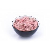 Wołowa karma z kością dla psa